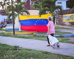 Seguimos Creyendo - (Lex Arias / LeoAr Photography) Tags: 2019 barquisimeto iglexariasfotografia leoarphotography lexarias nikon nikond3100 venezuela venezuelalibre libertad freedom
