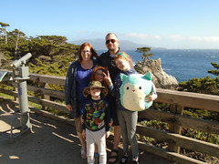 DSC01155.jpg (Snoop Baggie Bag) Tags: mommy ezra amélie éowyn daddy california 17miledrive 2019 holiday monterey