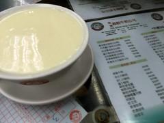 Ginger Milk Puding from Yee Shun Dairy Company @ CWB (Fuyuhiko) Tags: ginger milk puding from yee shun dairy company cwb cause caseway bay 銅鑼湾 香港 hong kong