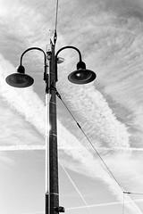 Contaflex IV with orange filter (mkk707) Tags: zeissikonstyle zeissikon zeissikoncontaflexiv ilfordhp5 orangefilter wwwmeinfilmlabde film analog 35mmfilm sky contrails blackwhite monochrome carlzeisstessar50mmf28 tessar