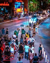 _NIK3161-8x10signdotcom (RoManLeNs) Tags: streetphotography street life nightlife lowlight city outdoors walking streetwalking crowds people men women romanlens