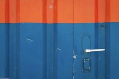 blue.orange (fhenkemeyer) Tags: promenade netherlands denhaag scheveningen door orange abstract
