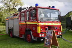 Humberside - K472PAG (matthewleggott) Tags: scampston hall 2019 fire engine appliances water appliance humberside k472pag dennis jdc ss market weighton