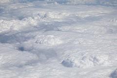 Rise (just.Luc) Tags: quote citaat citation clouds wolken nubes nuages sky lucht ciel luft monochrome monochroom monotone