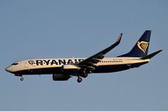 EI-GDM (LIAM J McMANUS - Manchester Airport Photostream) Tags: eigdm ryanair fr ryr boeing b737 b738 738 b73h 73h boeing737 boeing737800 egcc manchester man