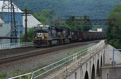 593 - Johnstown (Eric_Freas) Tags: norfolk southern ns pittsburgh line johnstown pennsylvania pa prr position lights 593