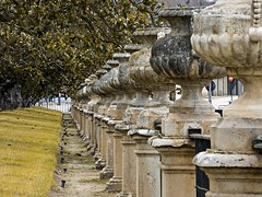 Aranjuez (lauracastillo5) Tags: garden park architecture city building cityscape outdoors travel winter old spain historical palace yellow