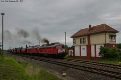 232 241 Staßfurt 27.05.2019 (Falk Hoffmann) Tags: diesellok eisenbahn bahnhof güterzug stellwerk dbcargo dbschenker ludmilla br132 br232