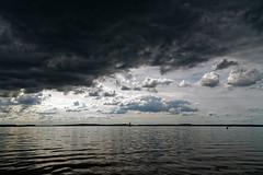 Ciel nuageux sur le lac d'orient (Glc PHOTOs) Tags: macro reflex nikon photos contemporary lac sigma os ciel le sur dslr 1770 glc nuageux 284 hsm apsc f284 dorient 20mpixels d7500 glc8176 unlimitedphotos