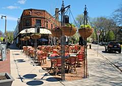 Café Hollander - Milwaukee, Wisconsin (Cragin Spring) Tags: midwest unitedstates usa unitedstatesofamerica caféhollander restaurant bar cafe sidewalk milwaukee wisconsin wi milwaukeewi milwaukeewisconsin city urban