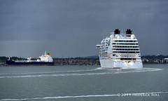 Seabourn Ovation (Nassau) (© Freddie) Tags: riverthames thames kent greenhithe essex thurrock grays seabournovation liner cruiseliner fjroll ©freddie hellasavatar ship tanker