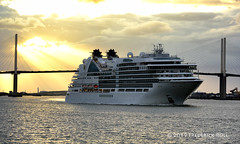 Seabourn Ovation and the QE2 Bridge (© Freddie) Tags: riverthames thames kent greenhithe qe2 dartfordcrossing seabournovation liner cruiseliner fjroll ©freddie