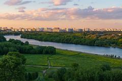 Kolomenskoye (gubanov77) Tags: urban city cityscape landscape moscow kolomenskoye moskvariver moscowphotography nagatinosadovniki park skyline sky russia river
