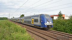 Z 24663/64 (382) + Z 24647/48 (374), Daours - 23/05/2019 (Thierry Martel) Tags: daours automotrice z24500 sncf