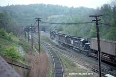SF (NSHorseheadSD70) Tags: robert tokarcik trains railroads railways locomotives penn central pc conrail gallitzin pennslyania emd sd40 sd45 new portage secondary sf