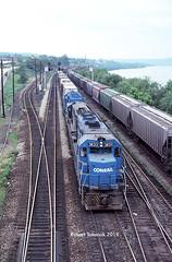 East Conway (NSHorseheadSD70) Tags: robert tokarcik trains railways railroads locomotives conrail conway yard east pennsylvania emd gp402