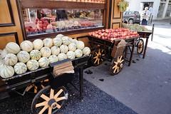 Street Market (gpa.1001) Tags: paris france shopping streetmarket fruits melons carts
