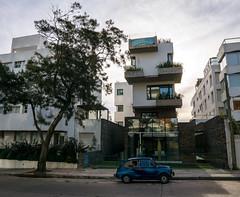 Punta del Este (Pelle Menke) Tags: punta del este street photography oldtimer car architecture sony a6000 sigma 16 f14