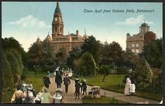 Town Hall from Victoria Park, Portsmouth (tico_manudo) Tags: victoriaparkportsmouth inglaterra england unitedkingdom vintagepostcards townhallportsmouth greatbritain valentine´sseries ayuntamientoportsmouth