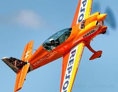 Extra330 (Juan Velarde) (joseramongonzalez544(Checha)) Tags: repsol helice su26 avión acrobacia aviation juan velarde casarrubios