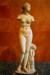 Aphrodite, Venus of Taurida, Hermitage Museum (soumit) Tags: 2ndcenturybc hermitagemuseum stpetersburg venusoftaurida 2018 aphrodite june russia