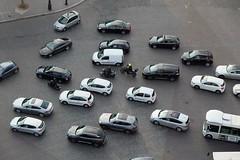PARIS - TRAFFIC WITHOUT LINES (Maikel L.) Tags: europa europe france francia frankreich paris autos cars voitures traffic verkehr autofahren driving etoile arcdetriomphe street strase capital hauptstadt
