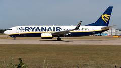 Ryanair EI-FRF 737-8AS EGCC 11.08.2018 (airplanes_uk) Tags: 11082018 737 737800 7378as aviation boeing egcc eifrf man manchesterairport planes ryanair