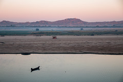 The Ayeyarwady river at sunrise (desomnis) Tags: sunrise bagan irrawaddyriver ayeyarwady river ayeyarwadyriver myanmar burma asia southeastasia traveling travel travelphotography morning morninglight landscape landscapephotography landschaft landscapes 6d canon6d canoneos6d tamronsp2470mmf28 tamron2470mm tamron2470mmf28 tamron canon desomnis