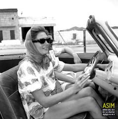 Helen Greville-Bell (Arxiu del So i de la Imatge de Mallorca) Tags: majorca mallorca dones homes women mujeres hombres men automóviles automòbils cars