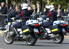 "bootsservice 19 2020292 (bootsservice) Tags: police ""police nationale"" policier policiers policeman policemen officier officer uniforme uniformes uniform uniforms bottes boots ""riding boots"" motard motards motorcyclists motorbiker biker moto motorcycle paris bmw"