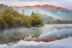 First light on Park Fell (Pete Rowbottom, Wigan, UK) Tags: riverbrathay elterwater ambleside lakedistrict lakedistrictnationalpark fog mist sunrise water reflections mountains trees light cloud peterowbottom nikond810 landscape cumbria parkfell atmosphere beauty nature fells dawn refections still serene tranquil loughrigg