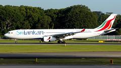 4R-ALO (JN_YAU) Tags: wsss srilankanairlines airbusa330 4ralo