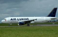 CS-TNB (Ken Meegan) Tags: cstnb airbusa320211 191 airluxor dublin 652004 airbusa320 airbus a320211 a320