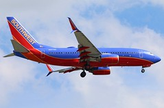 N267WN Southwest 737-7H4SW at KCLE (GeorgeM757) Tags: n267wn 7377h4sw 737 kcle landing georgem757 canon70d aircraft aviation airplane airport boeing southwest