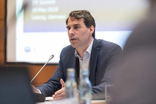Olaf Merk on the maritime logistics chain