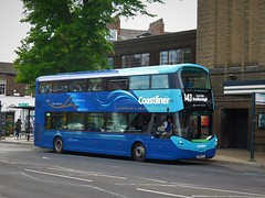 Transdev - Yorkshire Coastliner 3643 (BN68XPS) - 23-05-19 (peter_b2008) Tags: transdev yorkshirecoastliner volvo b5tl wright eclipsegemini3 3643 bn68xps buses coaches transport buspictures