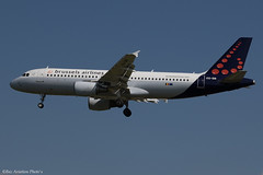 OO-SNI (Baz Aviation Photo's) Tags: oosni airbus a320214 brussels airlines bel sn heathrow egll lhr 27l sn2093