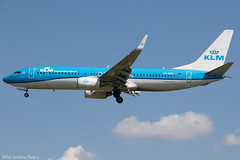 PH-BXB (Baz Aviation Photo's) Tags: phbxb boeing 7378k2 klm kl heathrow egll lhr 27l kl1009
