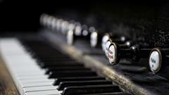 Le clavier bien tempéré (www.francismeslet.com) Tags: abandonné nikon abandonned chapelle clavier cliniquedudiable curate decay déchéance explorationurbaine hospital hôpital orgue piano sanatorium urbex whatelse