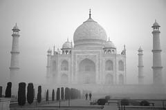 India 2019 (Blue Spirit - heart took control) Tags: india travel lifeisatravel humankind street people bn bw biancoenero blackandwhite agra tajmahal