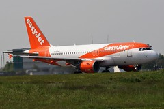G-EZAC EASYJET A319 NEWCASTLE (toowoomba surfer) Tags: jet aeroplane airline airliner aviation aircraft ncl