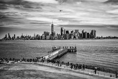 View to New York City, Statue of Liberty (St/W) Tags: leicam9p leica m9p zeisscbiogon2835zm zeiss zm 2835 35mm cbiogon natecamxchromevivianmaier cbiogont2835 nyc newyorkcity statueofliberty