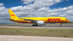 DHL Boeing B757-2F D-ALER (SjPhotoworld) Tags: spain espana espagna madrid mad madridairport barajas lemd airport airliner aviation aircraft airplane airline avgeek airliners airlines arrival boeing b757 b757200f dhl daler canon challenge fr24 flickr flickrelite final freight freighter cargo cargoplane cargoramp cargojet eat explore extreme yellow openday spotting pilot