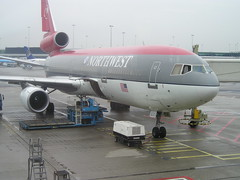 Northwest Airlines N225NW DC-10-30 at Amsterdam AMS Netherlands (thelastvintage) Tags: netherlands amsterdam northwest airlines ams dc1030 n225nw flight first date northwestairlines ata swissair mcdonnelldouglas worldairways ataairlines 01082007 08082008 11102007 hbihh n706tz 21021975 18021992 17121974