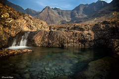 Cascatas | Cascades (Fernando Delgado) Tags: cascata cascades scotland fairypools escócia paisagem landscape water skye