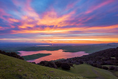 Green Hills (Jaykhuang) Tags: rollinghills livermore spring springgreen reflections sunrise jayhuangphotography trivalley pleasanton dublin yiupai