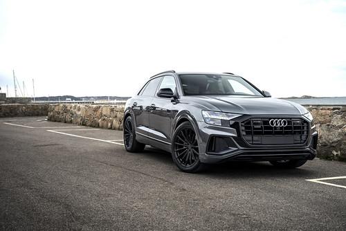 Audi Q8 on XO Luxury London 22 inch matte black wheels rims