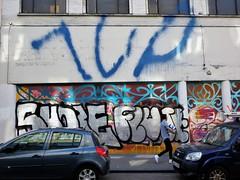 1UP / Bruxelles - 24 mai 2019 (Ferdinand 'Ferre' Feys) Tags: brussels streetart graffiti belgium belgique belgië bruxelles urbanart graff brussel graffitiart bxl arteurbano artdelarue urbanarte ferdinandfeys bestofbe2019