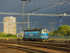 CD Cargo 230 092 (Márton Botond) Tags: cd ceskedrahy cdcargo 230 class230 br230 skoda laminat locomotive electriclocomotive train trainstation transport sunset sunsetcolors bratislava slovakia europa panasoniclumixdmclz20