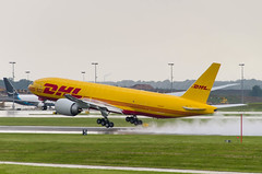 IMGP9681_N705GT_CVG (ClydeSights) Tags: 777f airport b77l boeing boeing777f cvg cincinnatinorthernkentuckyinternationalairport dhlcolours kcvg n705gt southernair cn66079